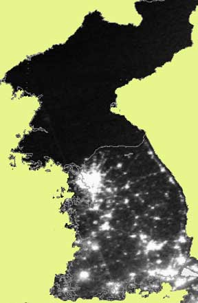 north korea at night compared to south korea. North Korea satellite photo