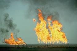Kuwaiti oil well set on fire by Iraq, 1991